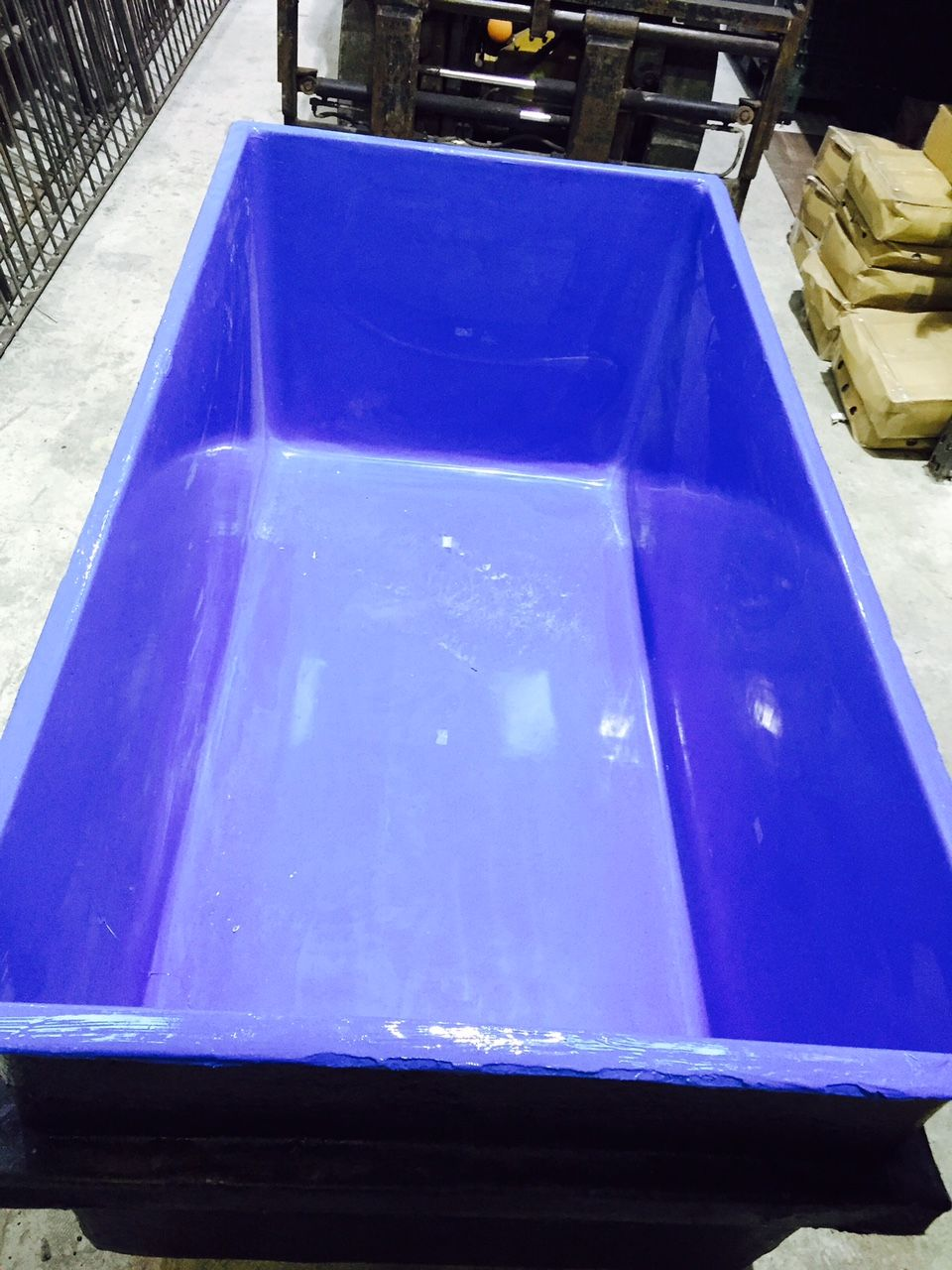 1350 litre 300 gallon holding pond for Used 300 gallon fish tank for sale