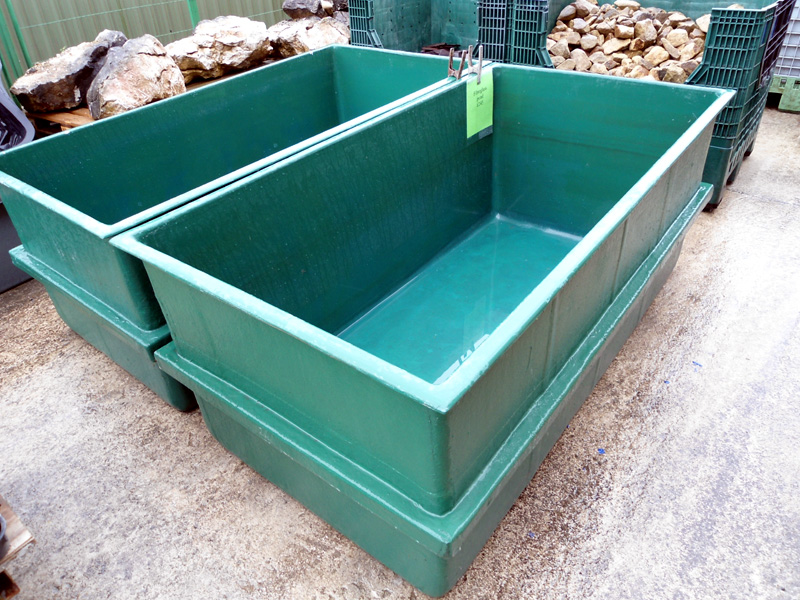 1350 Litre 300 Gallon Holding Pond